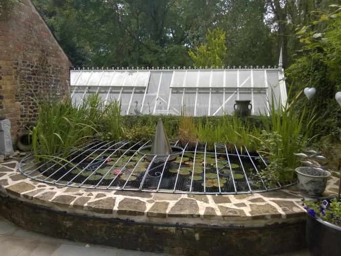Tilford Cottage Garden